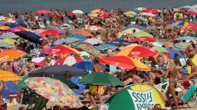 Eerste plakkerige landelijke tropische dag een feit