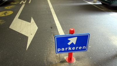 Man dood na beknelling in Utrechtse parkeergarage