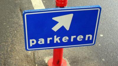 Foto van bord parkeren