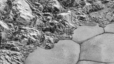 NASA toont haarscherpe beelden van Pluto
