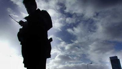 politie-agent-portofoon
