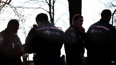 Foto van politie agenten tegenlicht | Archief EHF