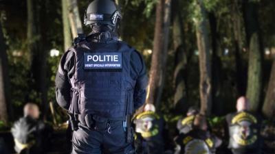 Drugs en verboden wapens in beslag genomen na inval clubhuizen Satudarah