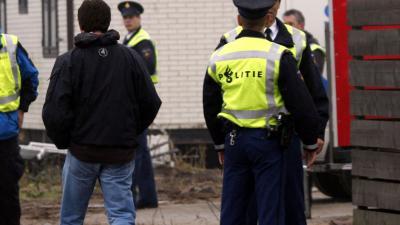 Auto in beslag genomen op woonwagencentrum Eindhoven
