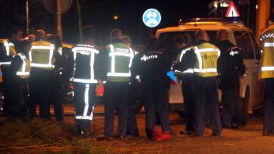 Foto van politie en brandweer in donker   Archief EHF