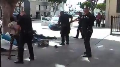 Politie Los Angeles schiet dakloze man dood op straat