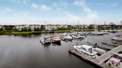 Klaas Hummel verkoopt vastgoed Center Parcs Port Zélande
