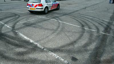 Straatrace leidt tot ernstig ongeval in Tilburg