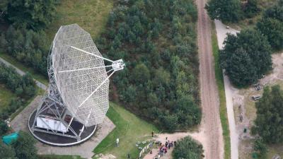 Foto van radiotelescoop Dwingeloo | CAMRAS/ASTRON