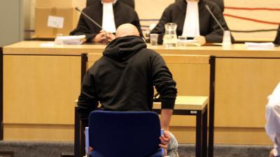 Foto van verdachte in rechtbank | Archief EHF