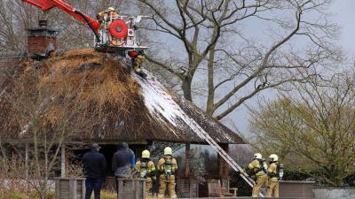 riet-dak-brand-brandweer