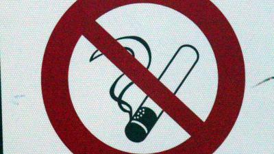 Leerling slaat docent om peukie roken