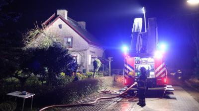 Flinke schade aan woning door brand schuurtje