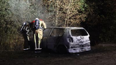 Uitgebrande auto