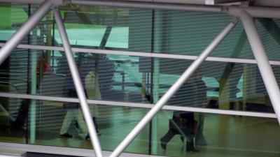 Beveiligers Schiphol houden werkonderbreking van 20 minuten