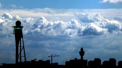 Schiphol verlaagt havengelden