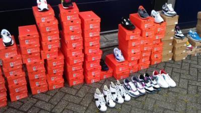 Foto van gestolen schoenen | Politie