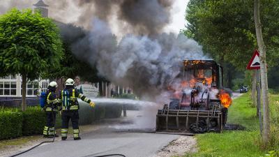 Shovel volledig uitgebrand in Liempde