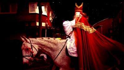 Foto van Sinterklaas op paard | Archief EHF
