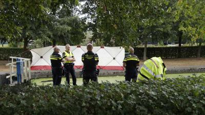 sluis-kanaal-lichaam-politie