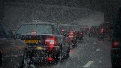 Foto van file sneeuw snelweg | Archief EHF
