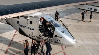 Wereldreis op zonne-energie Solar Impulse 2 geslaagd