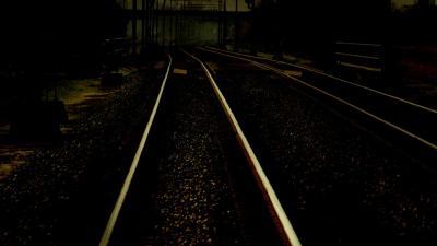 Idioten 'sporen' niet door balken op rails te plaatsen