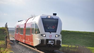 Foto van trein Arriva | eemskrant.nl | www.eemskrant.nl
