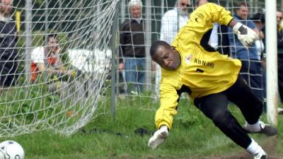 Stanley Menzo terug bij Ajax