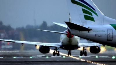 startbaan-vliegtuigen-Schiphol