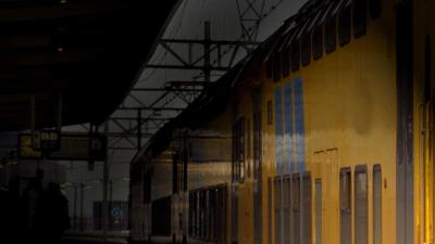station, perron, donker, trein,