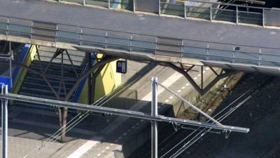 Station spoor perron trap trein | Archief EHF