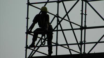 Foto van bouwvakker op steiger | Archief