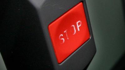 stop-noodknop-bus