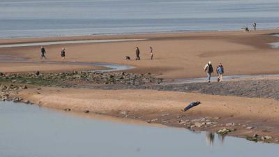 strand-zon-dagjesmensen
