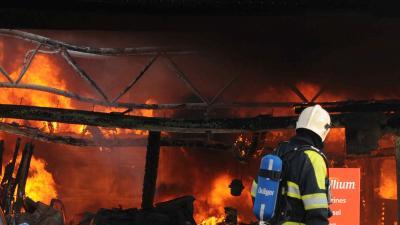 Brand verwoest tankstation langs A12