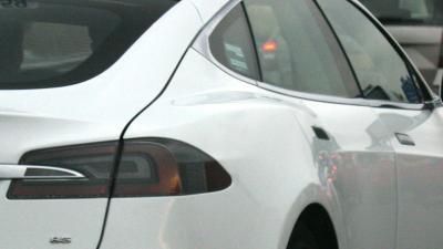 Gewonden na op hol slaan Tesla