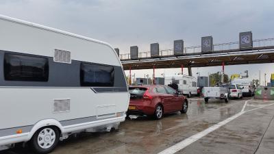 ANWB waarschuwt vakantieverkeer voor drukte op wegen