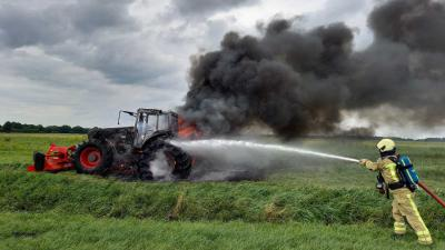 tractor-brand-blussen