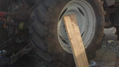 foto van traktorwiel | Archief FBF.nl