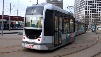Tramverkeer ontregeld na ontsporing Marconiplein