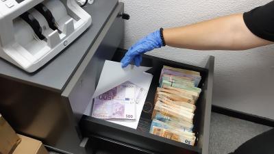 telmachine met geld