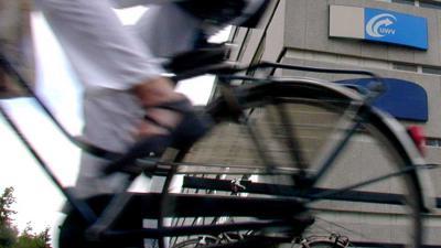 UWV-kantoor-fietser