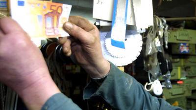 Aantal valse eurobiljetten daalt