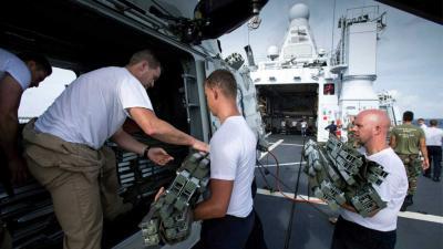 Patrouilleschip defensie verleent noodhulp op Dominica na 'Maria'