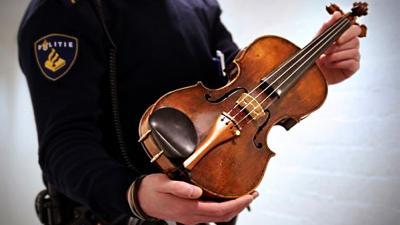 Foto van Landolfi viool   Politie