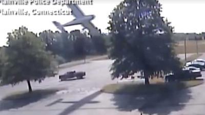Piloot (79) gered door boom tijdens neerstorten