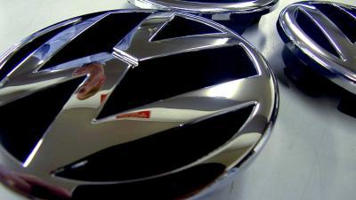 VEB dagvaardt VW