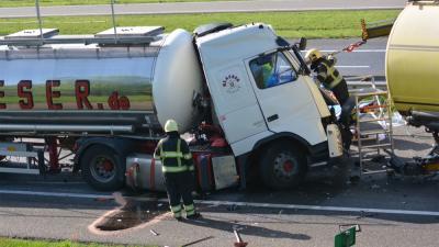 Drie vrachtwagens betrokken bij aanrijding op A67