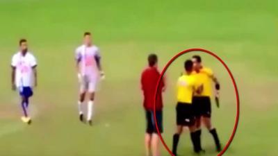 Scheidsrechter trekt vuurwapen bij conflict tijdens voetbalwedstrijd
